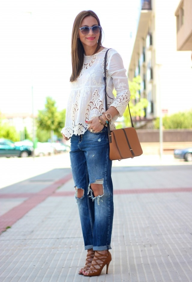 cuffed-pants-and-lace-up-heels
